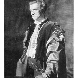 Norman Woodland as Horatio